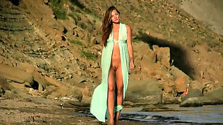 Sensual Russian babe flaunts her perfect curves on the beach