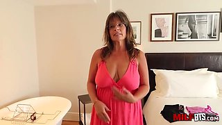 Slutty mature housewife with big, saggy tits likes to have casual sex with much younger guys