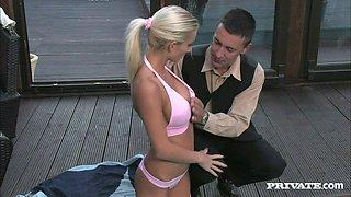 Smoking hot blondie is enjoying some pose by the pool