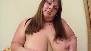 British bbw gets naked and plays with a dildo