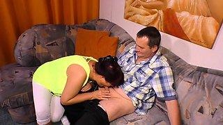 Hausfrau Ficken - Amateur German housewife craves hard cock