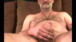 Mature Amateur Rolf Jacking Off