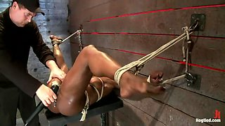 Kelli Provocateur - Ebony Body Builder - Mercilessly Dominated