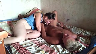 Chubby Russian big butt wife fucks at home