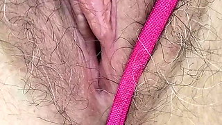 Milf school teacher wife rubs her clit