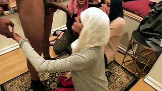 Skinny petite tiny anal teen and homemade Hot arab women try