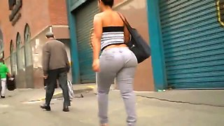 CHECKOUT HER AMAZING BOOTY ASS.