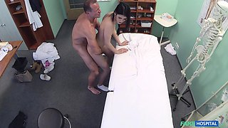 Amateur taped in secret when riding the doctor's cock