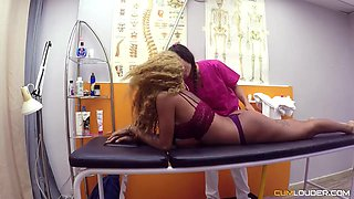 Jade and Venus Afrodita are having a threesome in a local hospital, with a handsome doctor
