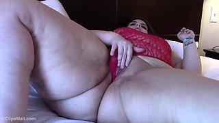 Big fat ass sofia i hate the bitch she scammed me