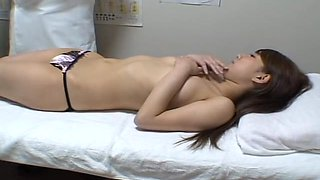 Hardcore fuck with Jap babe in voyeur massage video