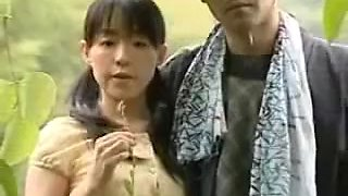 CHINESE YOUNG COUPLE FUCKING OUTSIDE