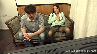 Asian sucks on a hard cock after being eaten out