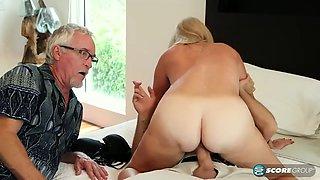 Leah l&#39amour cuckold