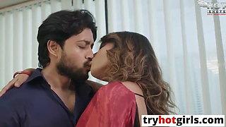 Super hot and juicy desi bhabhi fucked by bf Jaasos