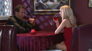 Rough sex withthe smoking hot blonde Lexi Belle