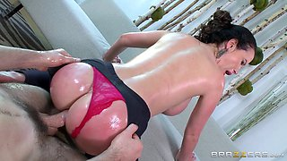 Yoga slut with a world class body gets off on this big dick
