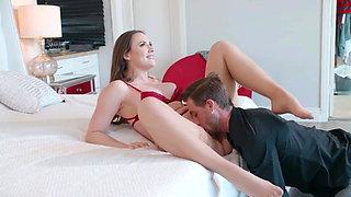 Big Tits Boss Uses Assistant for Revenge Fuck