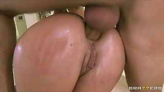 Brazzers - HOT tattooed brunette Christy Mack oiled for anal