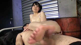 Incredible Japanese model in Amazing Handjob, MILF JAV scene