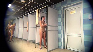 Public shower voyeur captures attractive amateur ladies