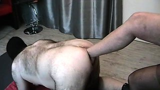 Kinky amateur guy takes a foot in his hungry ass from behind