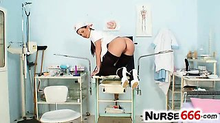 Beautiful nurse Rihanna Samuel pervy pussy games
