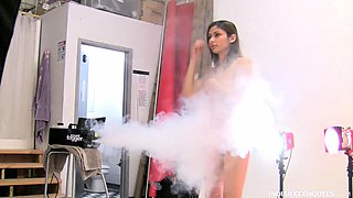 Indian XXX Teen Model Jassi In Smoking Hot Striptease Porn