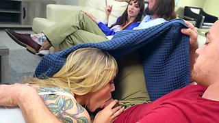 Kali Roses plays dirty games with older woman Lexi Luna