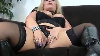 Hot Older Cougar in Sexy Boots Diddles Before Ass-Banging
