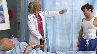 Female Doctor Ordered By Male Nurse To Masturbate