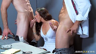 Amazing brunette babe India Summer getting double penetrated