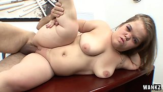 Dirty Harry in Blonde Dwarf Gets Pounded By Bicg Cock At The Office - Wankz