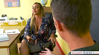 Pretty fervent Australian beauty Aubrey Black gets hammered missionary style