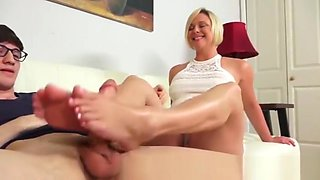Step son pervs on step mom feet.