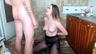 Skinny woman pantyhose blowjob nylon sex