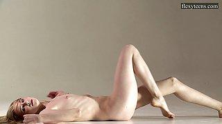 Sofia Zhiraf skinny sexy flexible babe